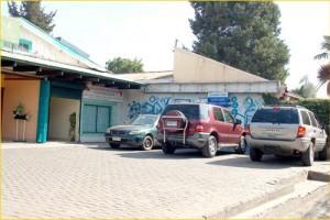 estacionamiento Privado - Contamos con estacionamientos privados para facilitar su llegada en vehículo.